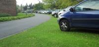 Как накажут водителя за парковку на газоне в Нижнем Новгороде?